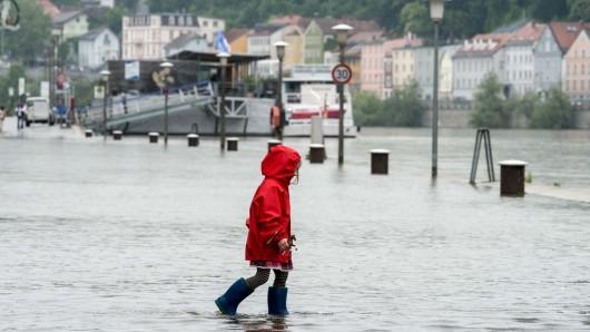 Zaplavená promenáda u Dunaje v Pasově
